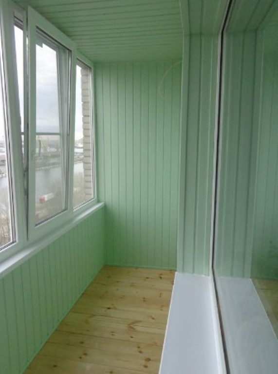 Как обшить балкон вагонкой своими руками - основные этапы проведения работ
