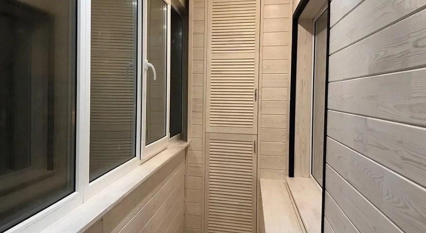 Чем обработать вагонку на балконе: защитные и финишные покрытия
